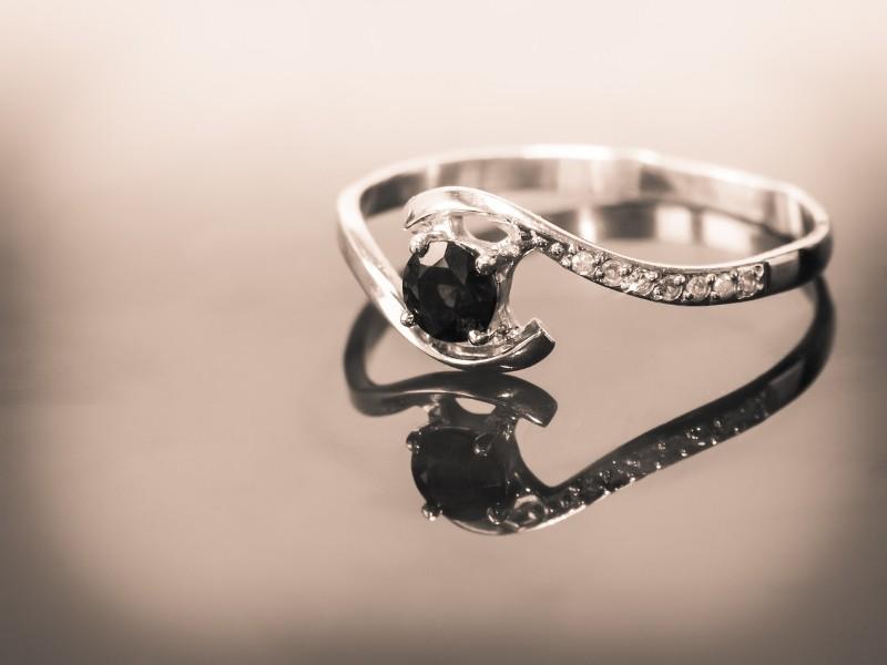 anelli-di-fidanzamento-economici_800x600