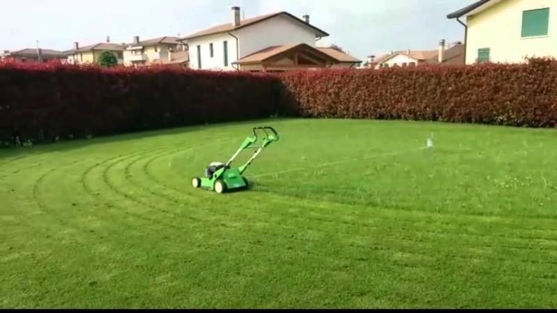 come tagliare l'erba da soli_800x450