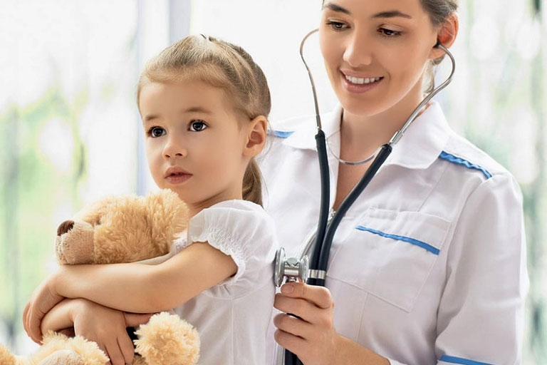 L'importanza della figura del pediatra durante l'individualizzazione di intolleranze e allergie alimentari